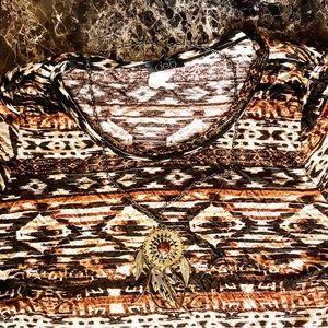 Dev Aztec Native Top Neclace Fringe Bottom Plus